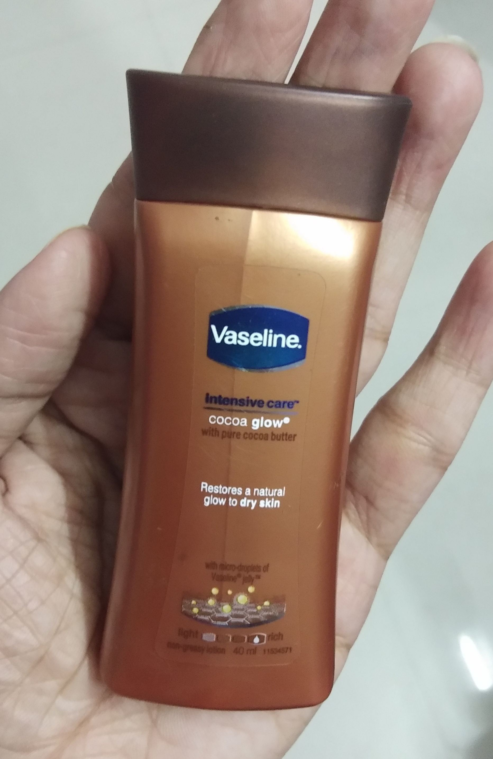 Vaseline Intensive Care Cocoa Glow Body Lotion pic 2-Love it-By Nasreen