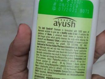 Lever Ayush Anti Dandruff Neem Shampoo pic 2-Average product-By Nasreen