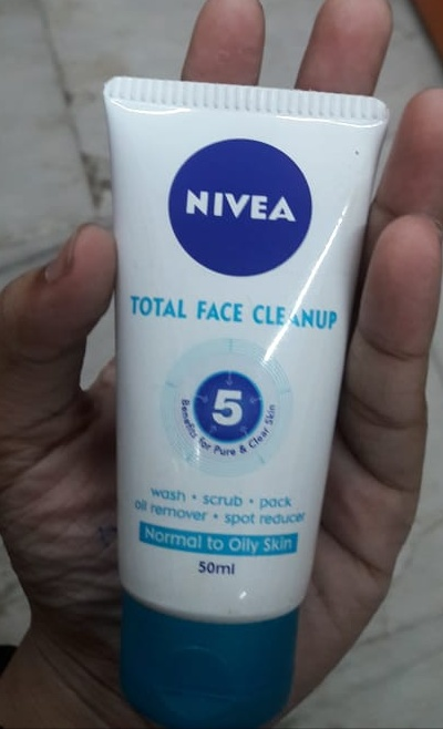 Nivea Total Face Cleanup Face Wash-5 in 1 product-By Nasreen-1