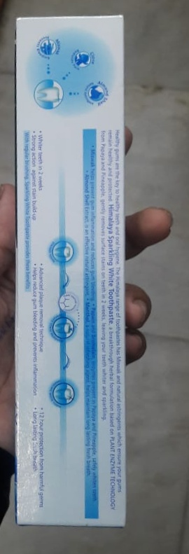 Himalaya Herbals Sparkling White Toothpaste pic 2-Okay product-By Nasreen