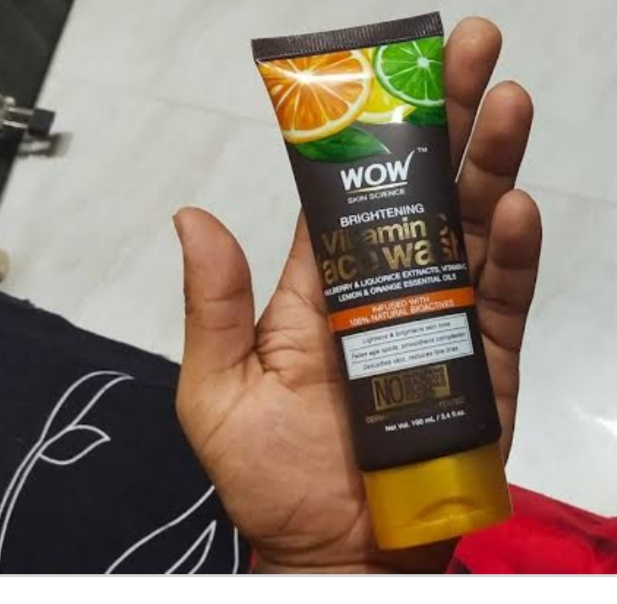 WOW Skin Science Brightening Vitamin C Face Wash-Best face wash for vitamin C-By umadevi