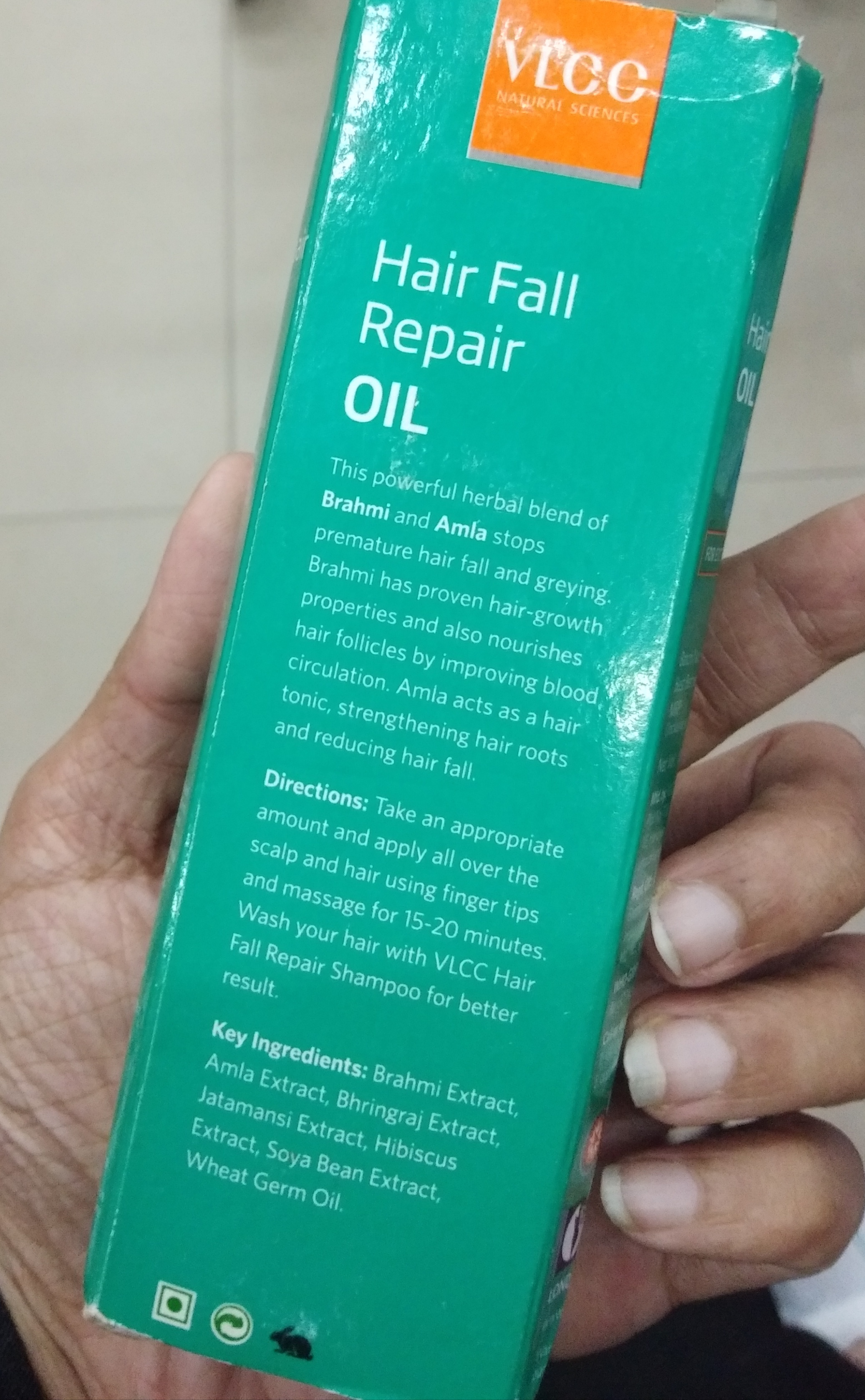 VLCC Hair Fall Repair Oil-Just an ordinary hair oil-By Nasreen-2