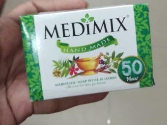 Medimix Ayurvedic 18 Herb Soap pic 1-Love it-By Nasreen
