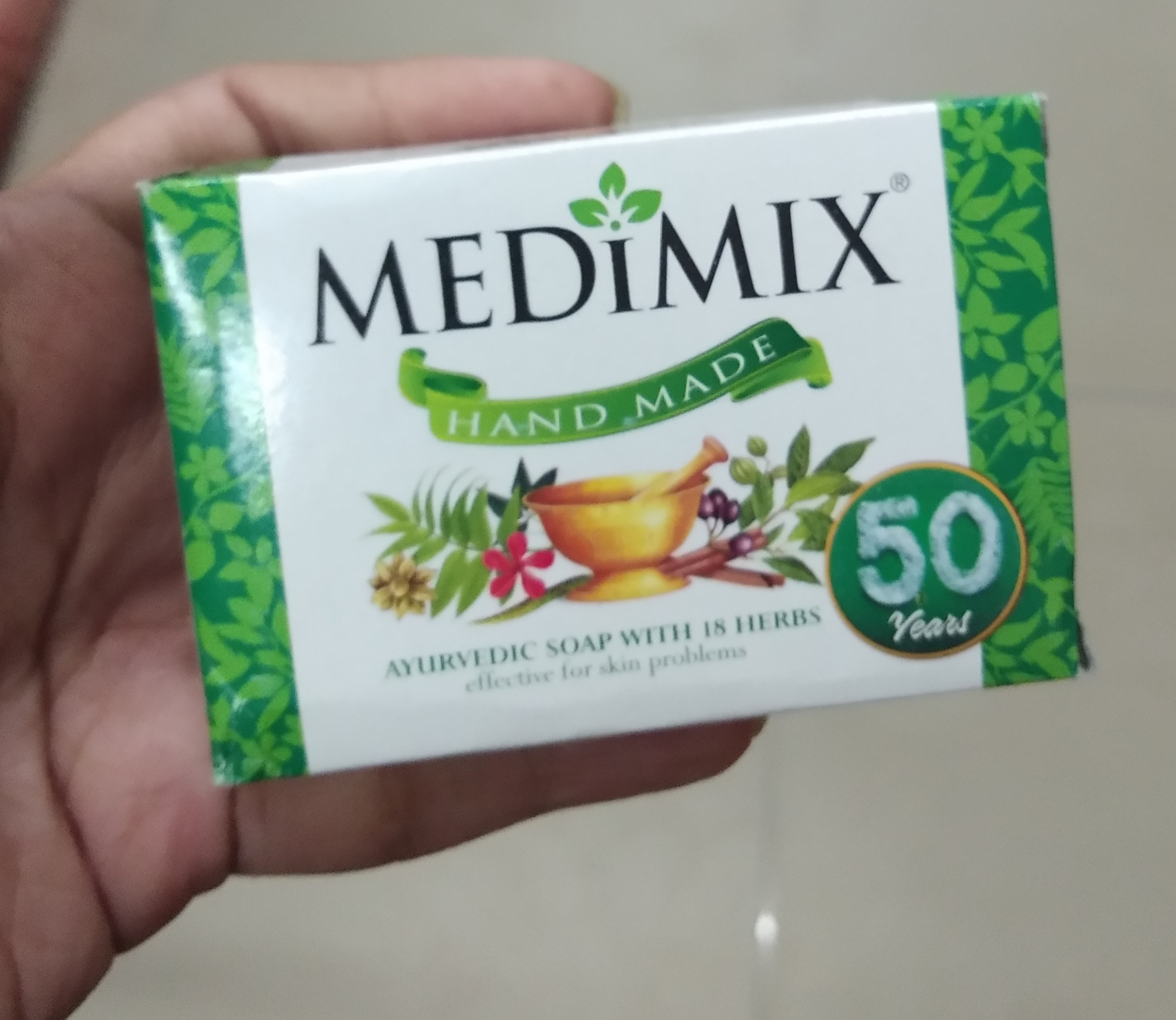 Medimix Ayurvedic 18 Herb Soap pic 1-Love it-By Nasreen