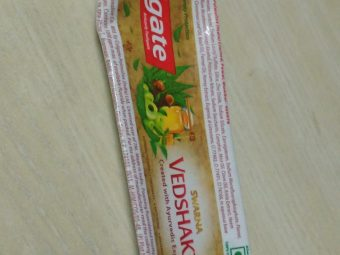 Colgate Swarna Vedshakti Toothpaste -Ayurvedic booster-By ashwini_bhagat