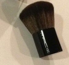 MAC 182 Buffer Brush-MAC Buffer Brush 182-By aneesha