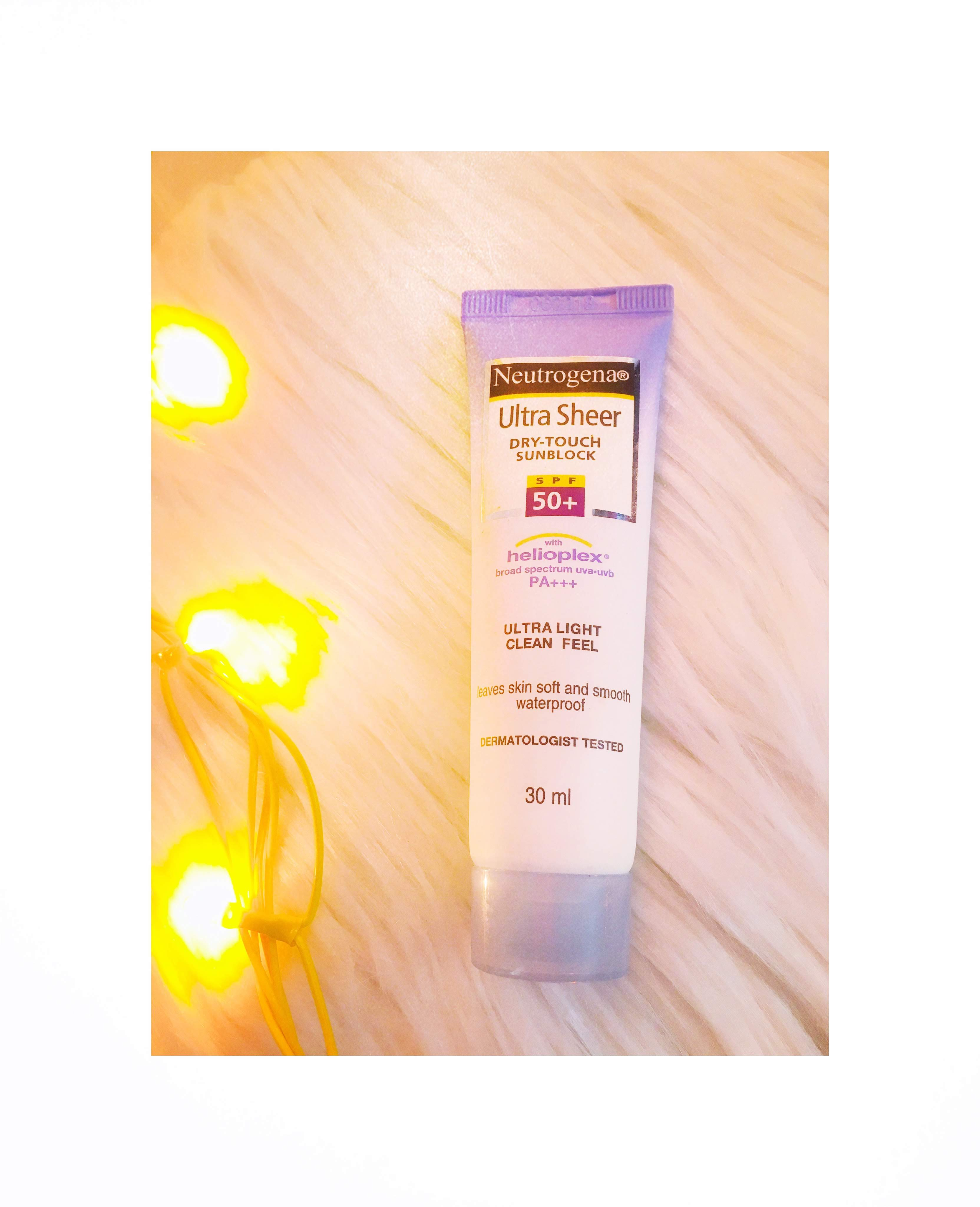 Neutrogena Ultra Sheer Dry Touch Sunscreen Broad Spectrum SPF 55-Neutrogena Sunscreen review-By sonam011