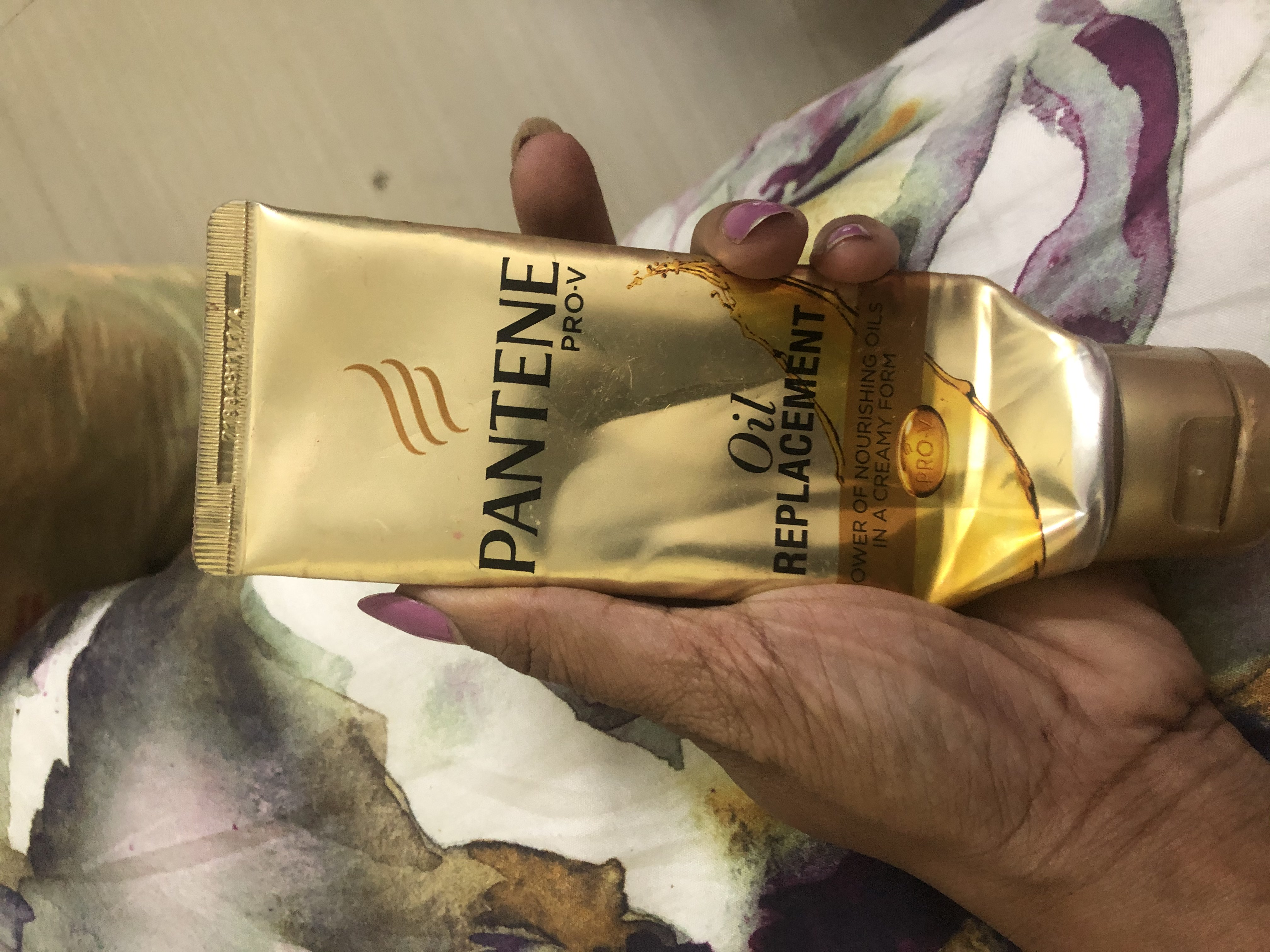 Pantene Pro-V Oil Replacement-Best frizz controller-By yojana