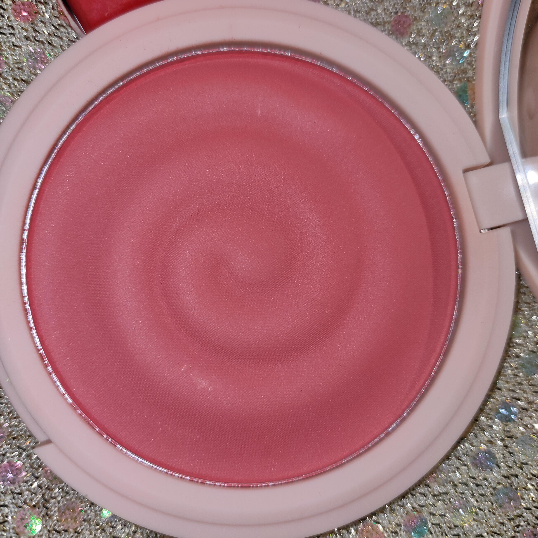MyGlamm K.PLAY FLAVOURED BLUSH – FROZEN RASPBERRY-The perfect peach Blush-By meghagupta-3