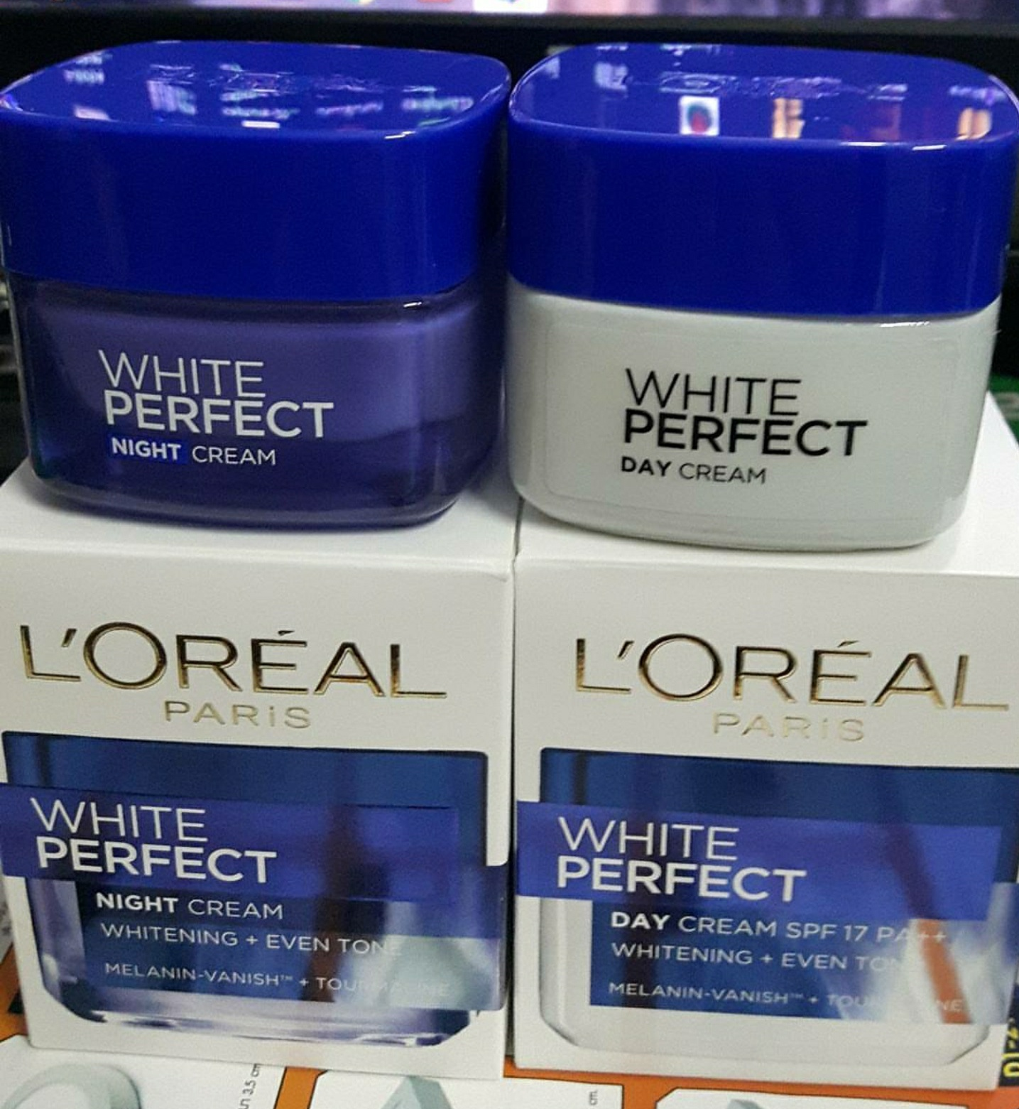 L'Oreal Paris White Perfect Night Cream-Perfect night cream-By garima.sharma28