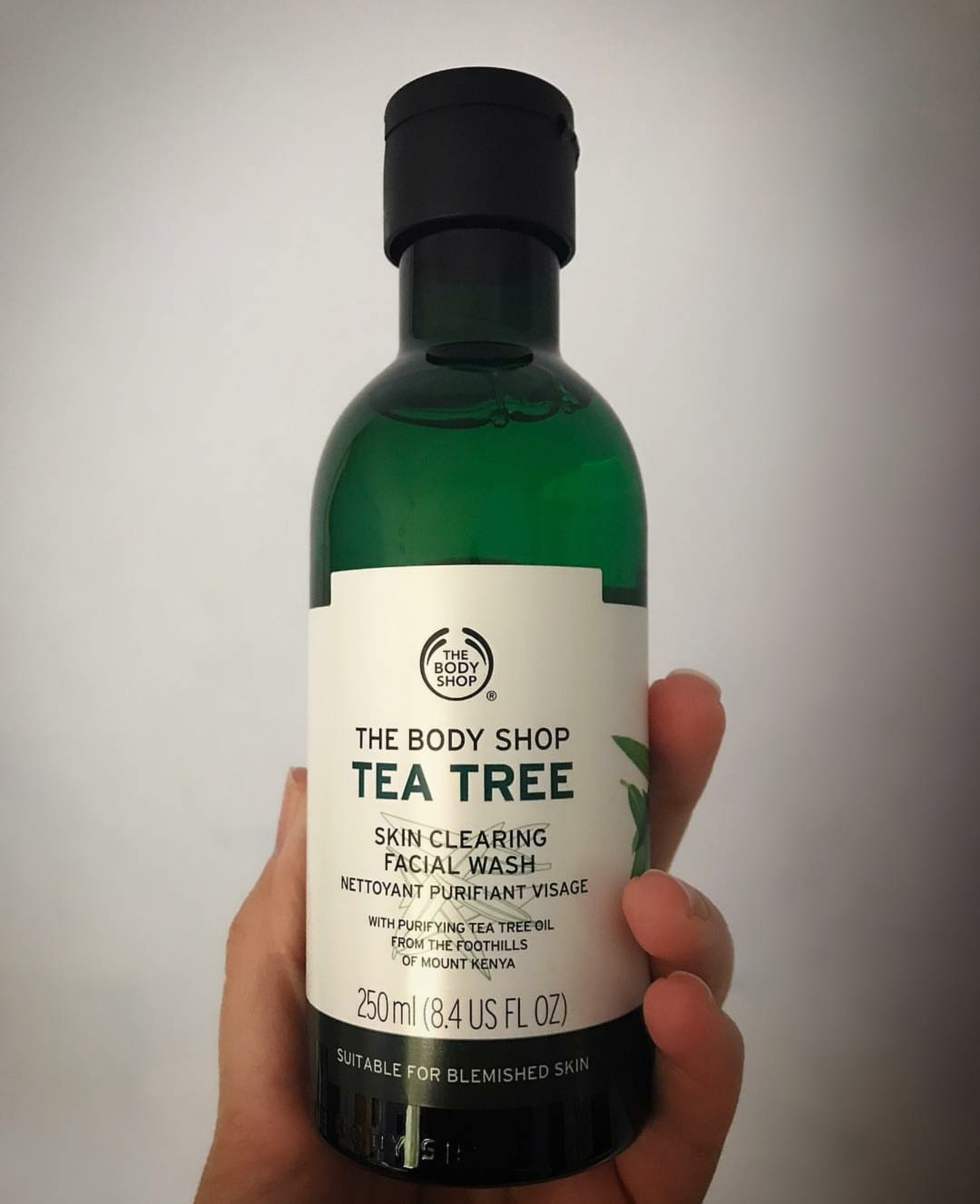 The Body Shop Tea Tree Skin Clearing Facial Wash-Tea tree skin clearing face wash-By garima.sharma28-1