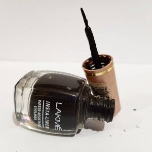 Lakme 9 To 5 Black Impact Eyeliner -laxme insta aye liner review-By jazz_besty_corn