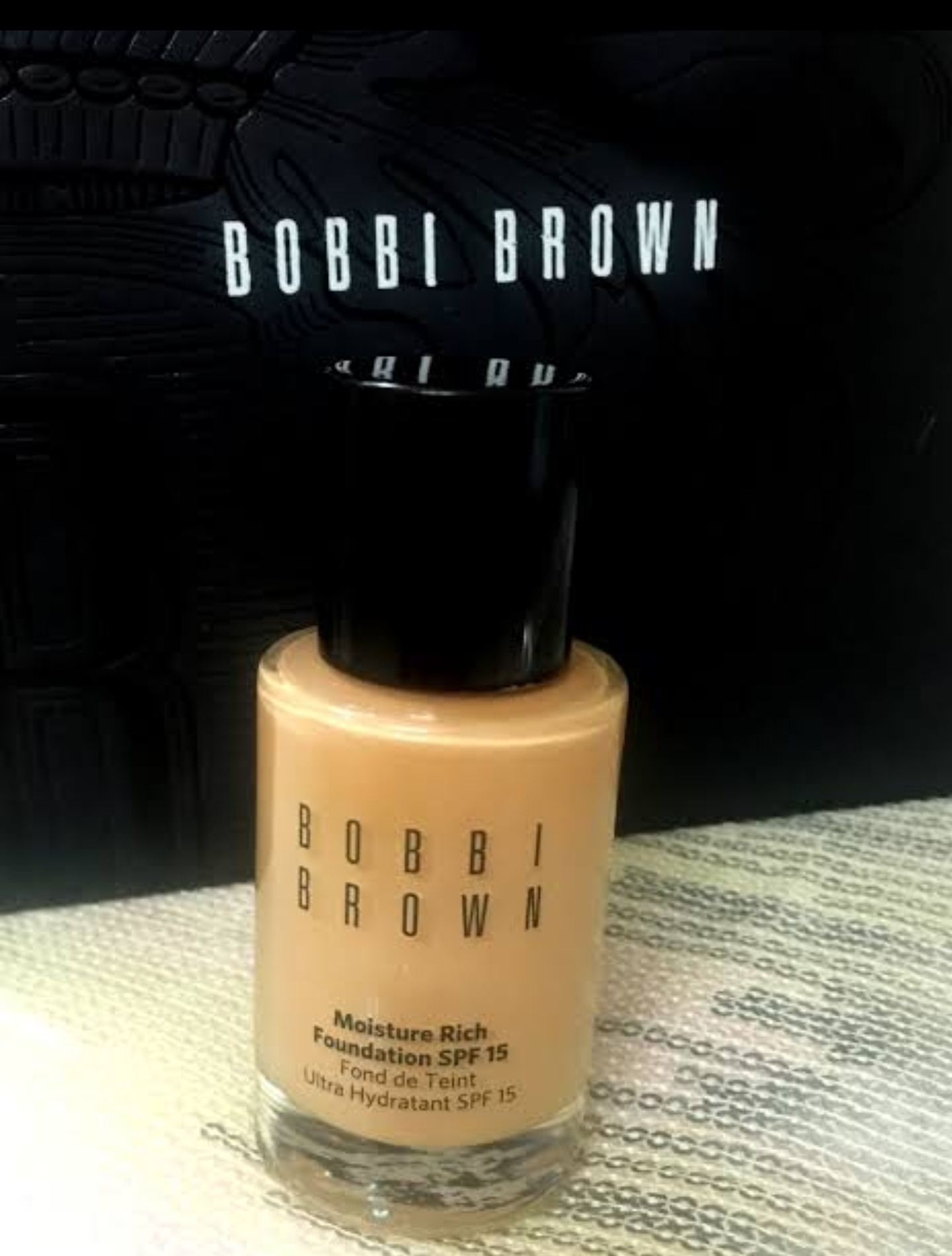 Bobbi Brown Moisture Rich Foundation -Long lasting and good coverage foundation-By garima.sharma28