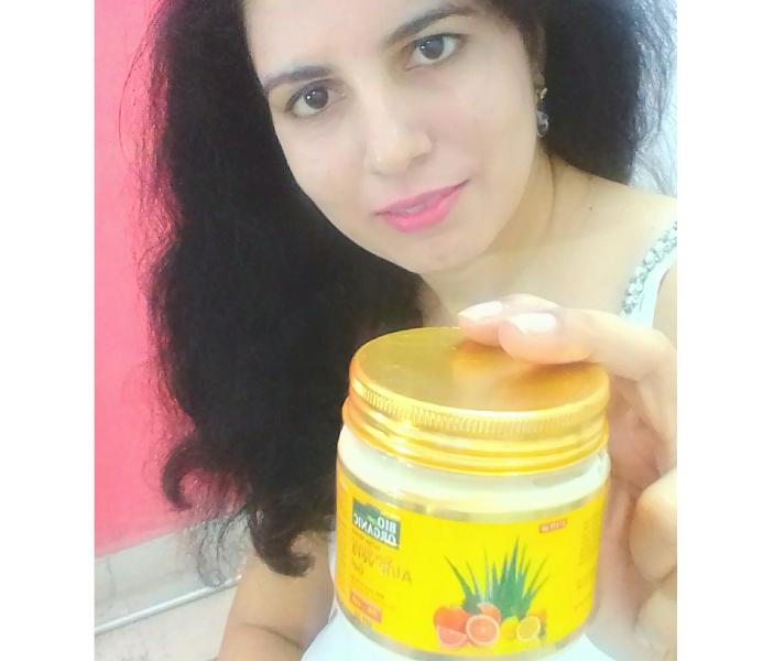 Indus Valley Bio Organic Sun Guard Aloe Vera Gel With Lemon & Orange-SPF 22-A great natural alternative to ordinary sunscreens-By happiehippie-1