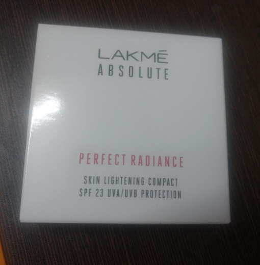 Lakme Perfect Radiance Compact-Lakme Perfect Radiance Compact-By aneesha