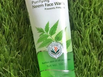 Himalaya Herbals Purifying Neem Foaming Face Wash -Best face wash-By lilgirl27