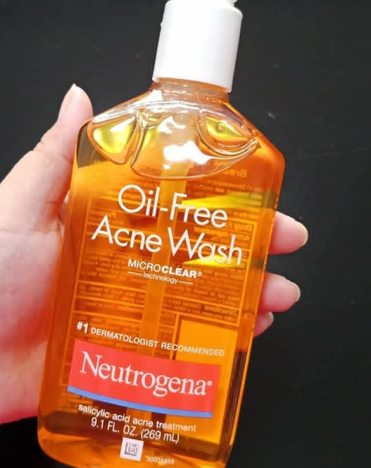 Neutrogena Oil Free Acne Wash Reviews Price Benefits How To Use It