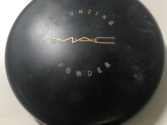MAC Bronzing Powder -Mac Bronzing Powder-By lilgirl27