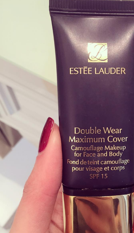 Estee Lauder Double Wear Maximum Cover Camouflage Makeup For Face And Body SPF 15-Gives full coverage-By lilgirl27