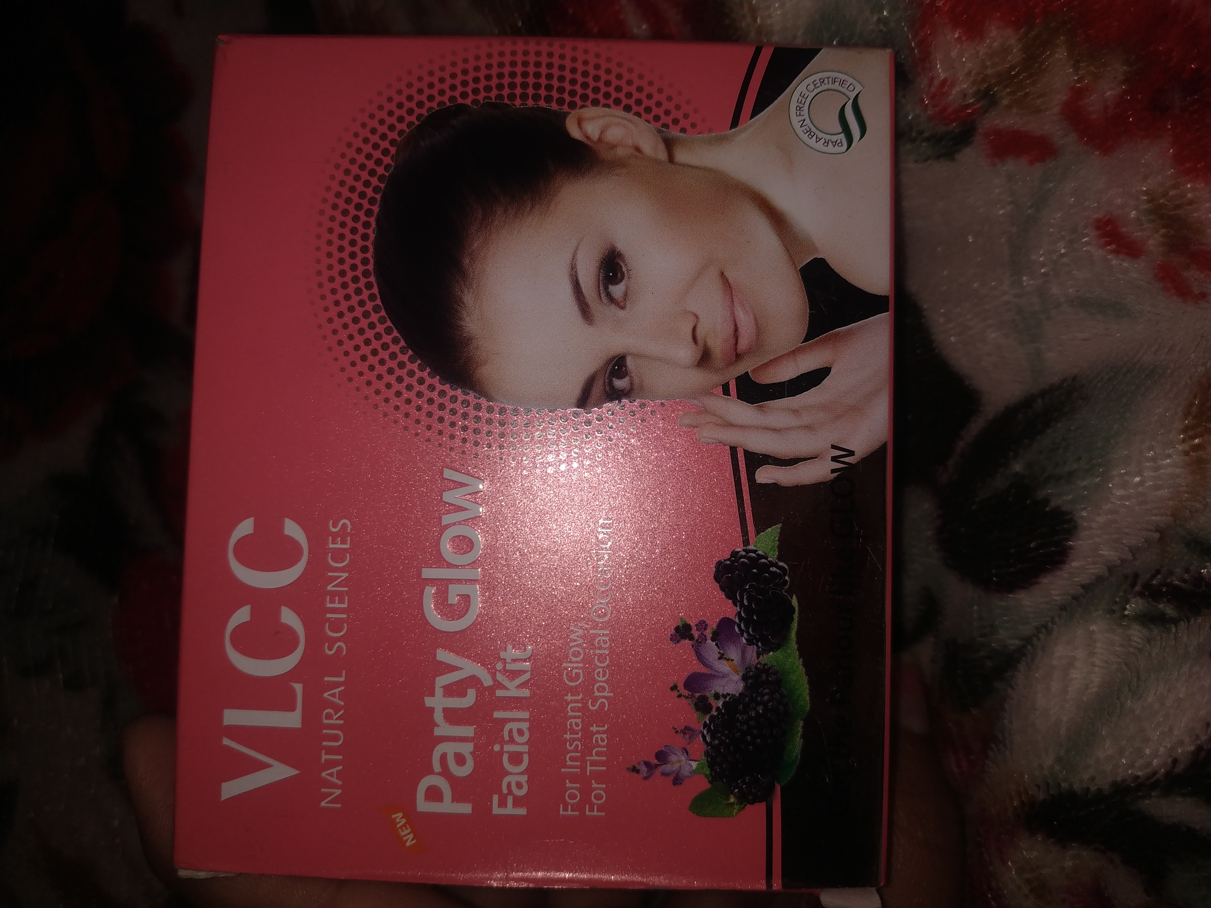 fab-review-Vlcc fruit facial kit – super handy-By saundary