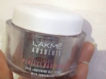 Lakme Absolute Perfect Radiance Skin Lightening Day Creme -one of the most amazing work of lakme!-By bushraa