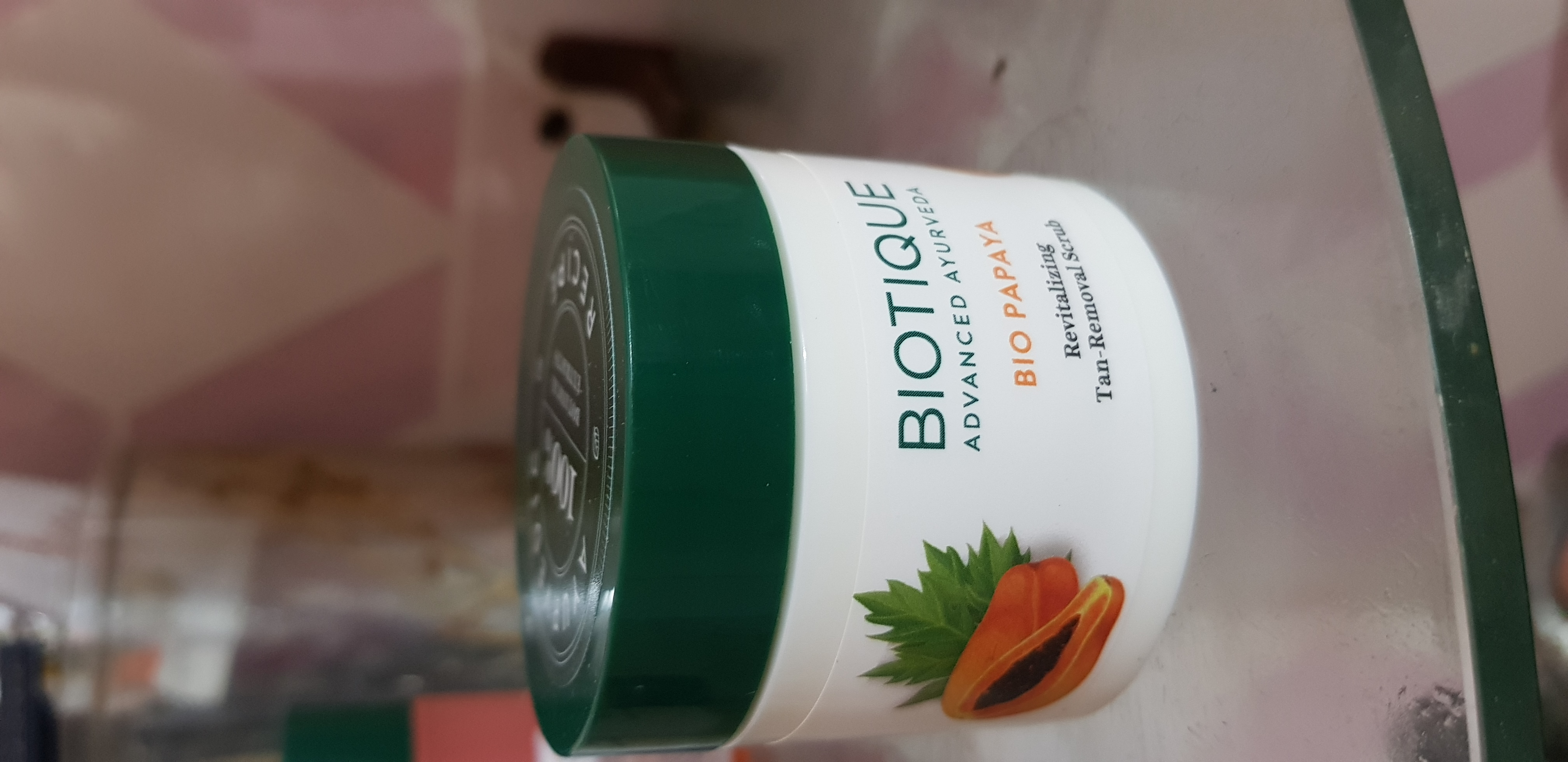 Biotique Bio Papaya Revitalizing Tan Removal Scrub-Mild scrub!-By poonam_kakkar