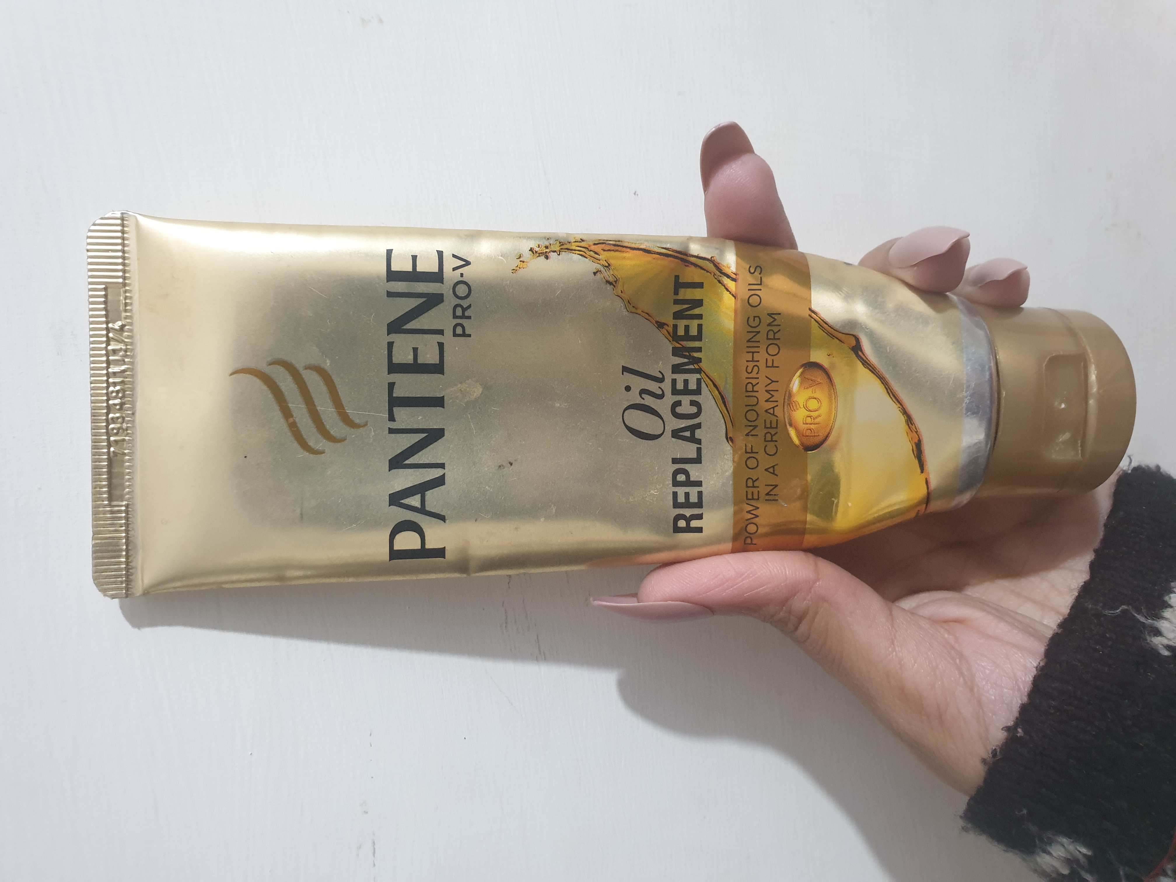 Pantene Pro-V Oil Replacement-Multitasking Product-By vitika_singh
