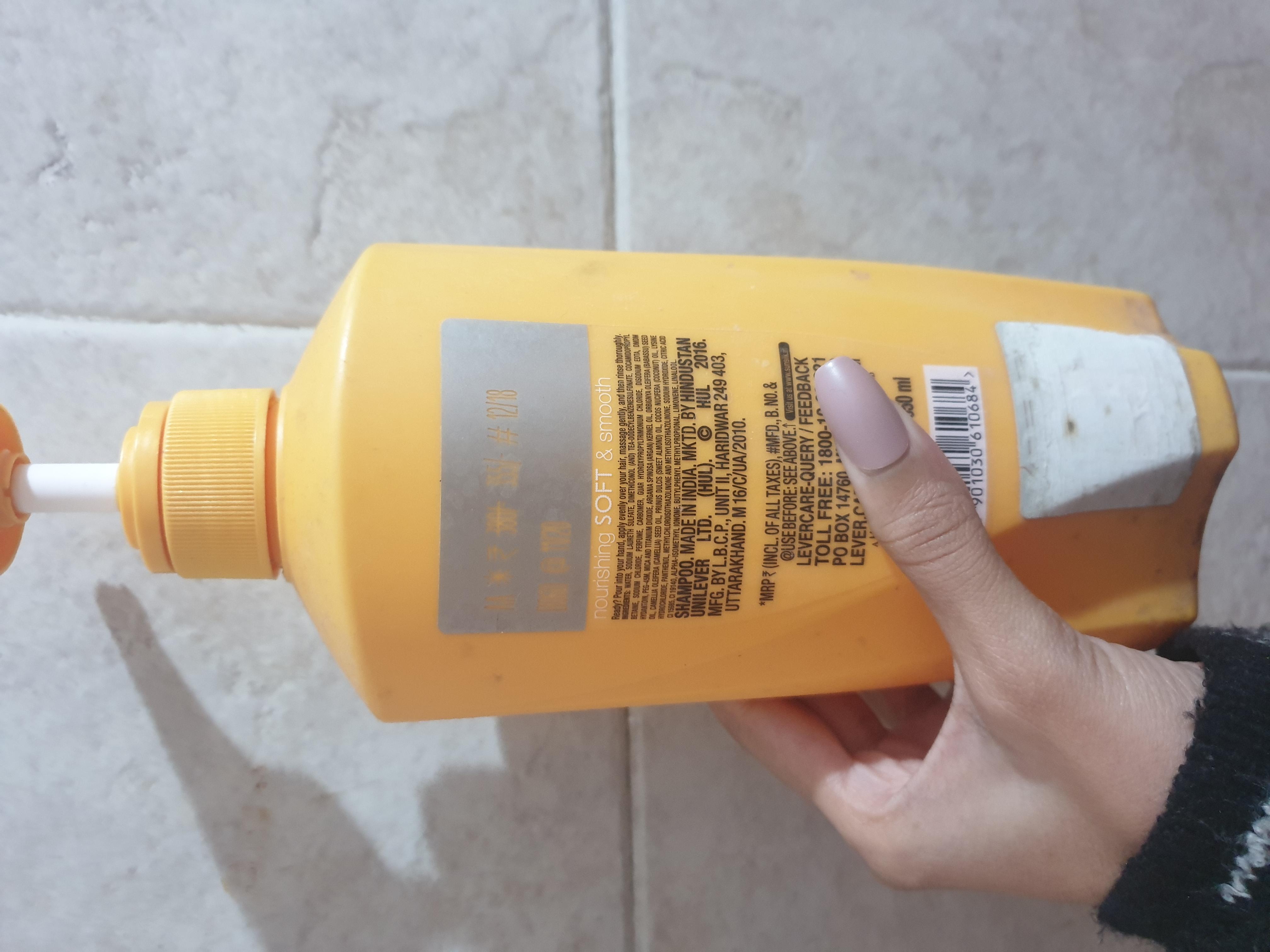 Sunsilk Nourishing Soft & Smooth Shampoo pic 1-Affordable shampoo-By vitika_singh