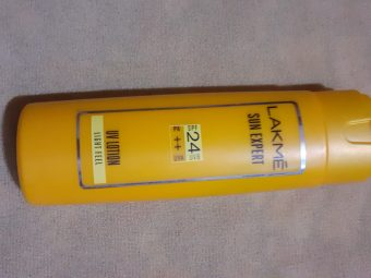Lakme Sun Expert SPF 24 PA++ UV Lotion -Quick absorbing Sunscreen-By vanitylove
