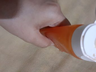 Lakme Blush & Glow Peach Gel Face Wash -Hydrating gel face wash-By vanitylove