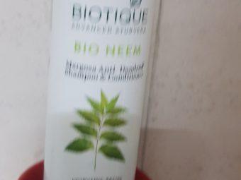 Biotique Bio Neem Margosa Anti-Dandruff Shampoo and Conditioner -Say no to harsh chemicals!-By poonam_kakkar