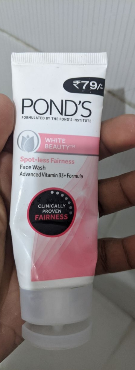Pond's White Beauty Daily Spotless Lightening Face Wash-Ponds face wash-By simranwalia29
