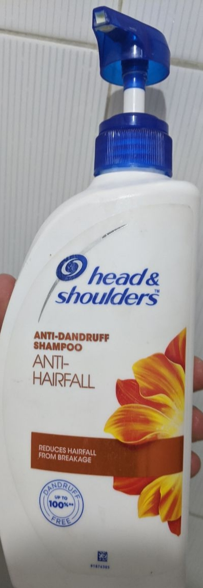 Head And Shoulders Anti Hair Fall Shampoo-Anti hair fall shampoo-By simranwalia29