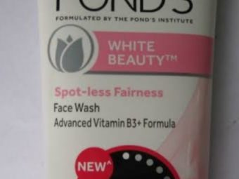 Pond's White Beauty Daily Spotless Lightening Face Wash -Mild cleanser-By vanitylove