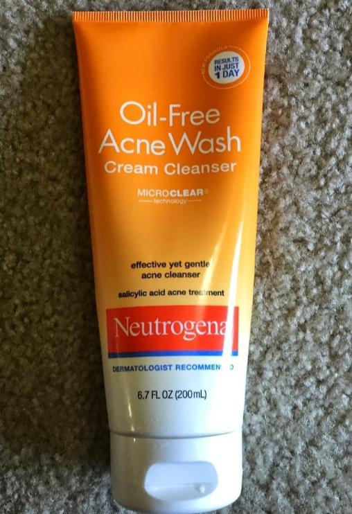 Neutrogena Oil Free Acne Wash Cream Cleanser-Oil free acne wash-By simranwalia29