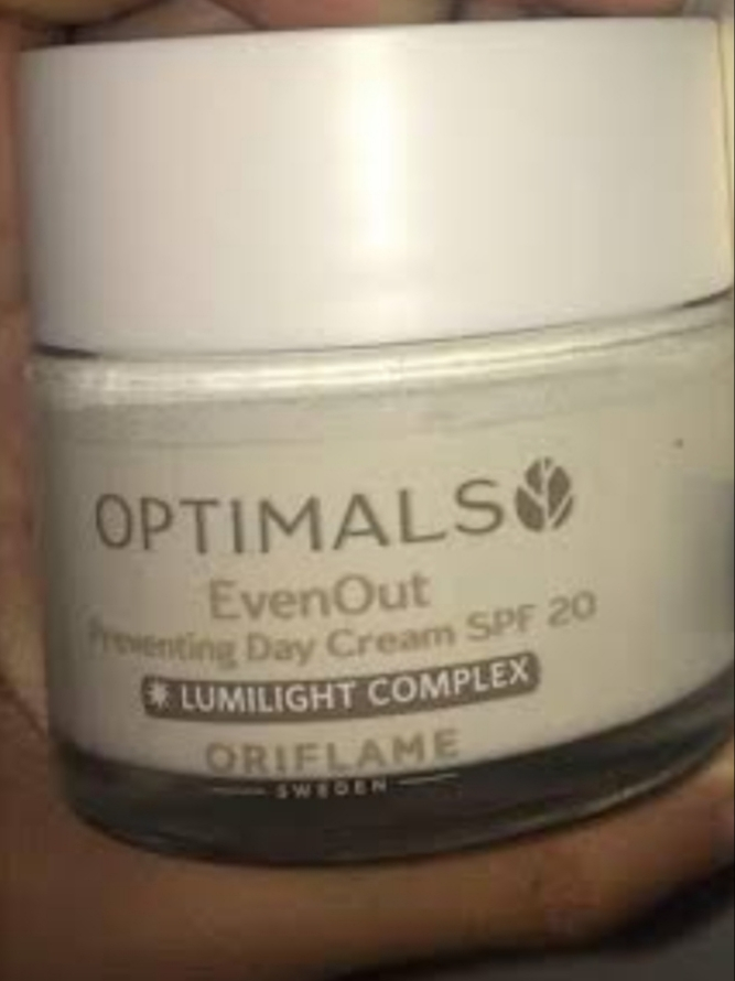 Oriflame Optimals Even Out Preventing Day Cream-Sun protection-By vanitylove