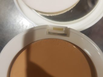 Lakme Perfect Radiance Compact -Has SPF too-By poonam_kakkar