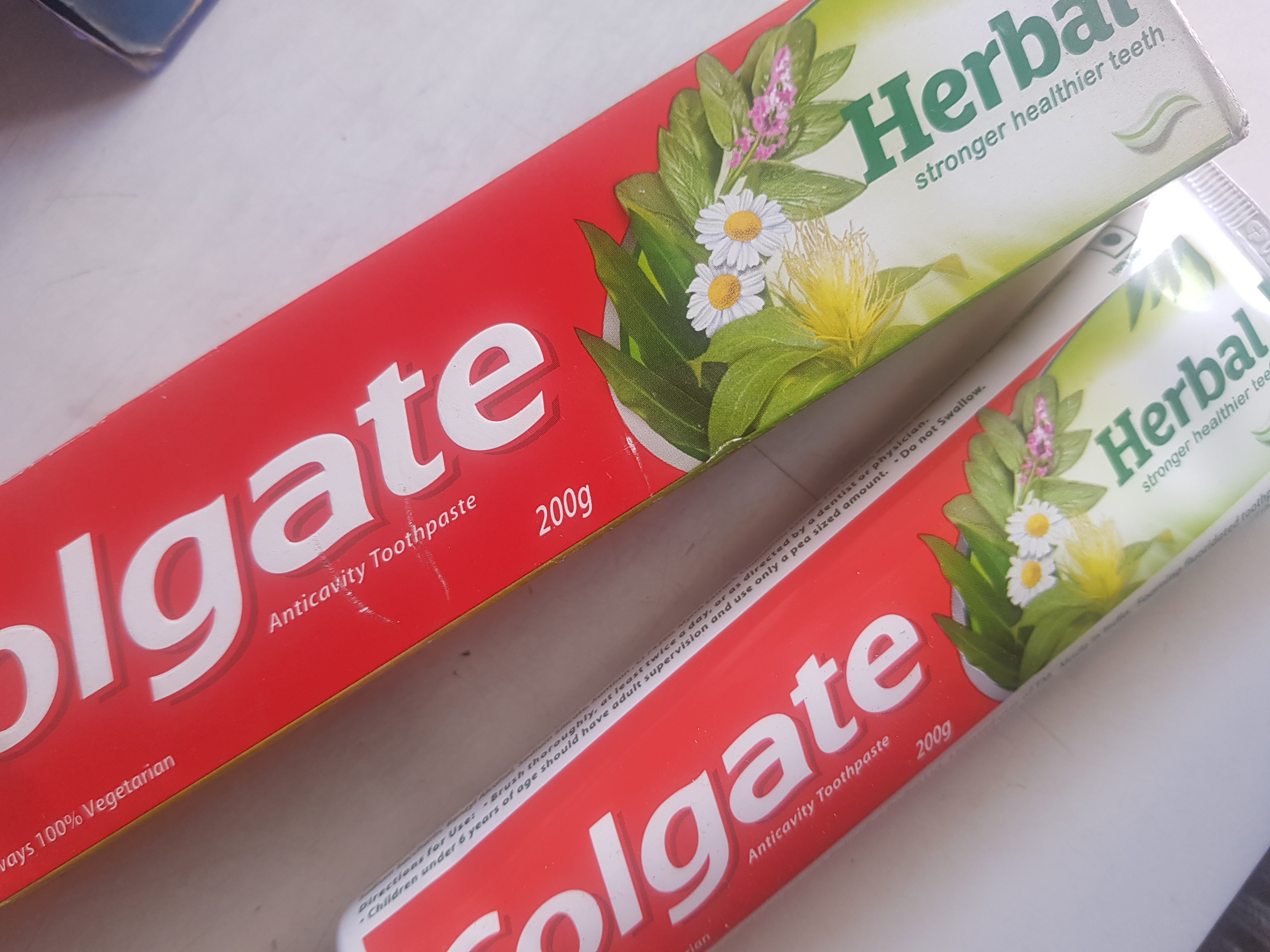 Colgate Herbal Toothpaste-Goodness of Herbs for your Teeth!-By poonam_kakkar