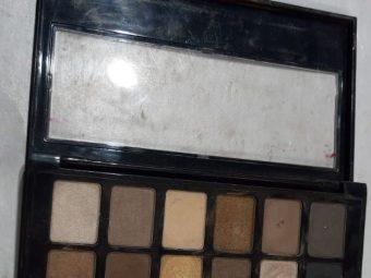 Maybelline New York The Nudes Eyeshadow Palette pic 2-Nice eye shadow palette!-By poonam_kakkar