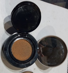 Maybelline New York Ultra Cover Cushion SPF 50-Cushion foundation-By poonam_kakkar-2