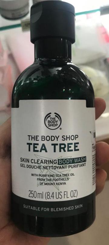The Body Shop Tea Tree Body Wash-Body wash!-By poonam_kakkar