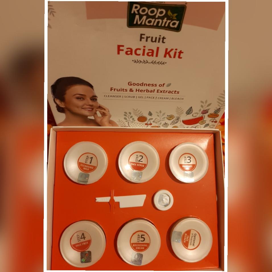 Roop Mantra Fruit Facial Kit-Superb……-By aasiyabi25-1