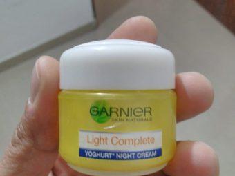 Garnier Skin Naturals Light Complete Night Cream -Garnier Light Complete Night Cream-By bhumikad