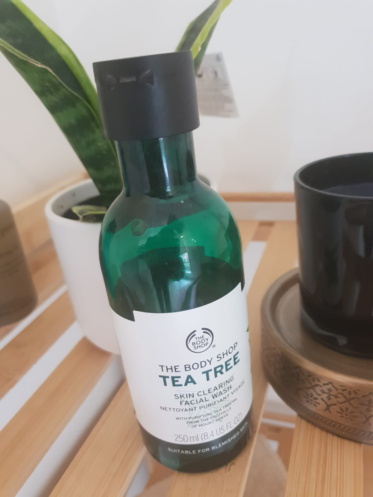 The Body Shop Tea Tree Skin Clearing Facial Wash-Goodness of tea Tree-By poonam_kakkar