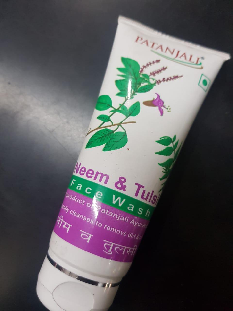 Patanjali Neem & Tulsi Face Wash-Nice face wash-By poonam_kakkar