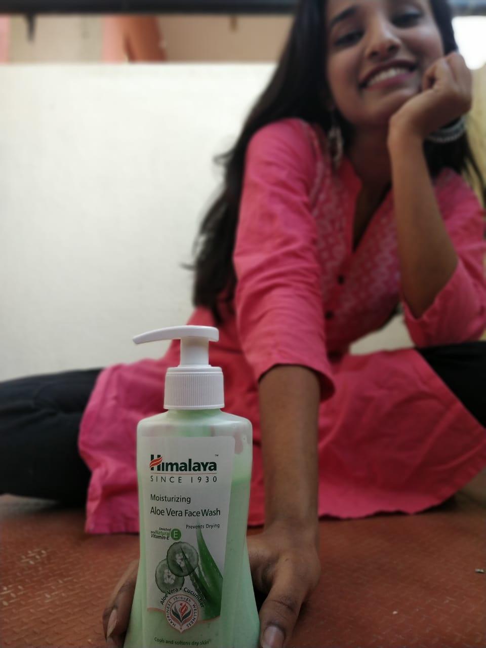Himalaya Moisturizing Aloe Vera Face Wash-Himalaya moisturising aloe vera face wash-By nidhiprakash12