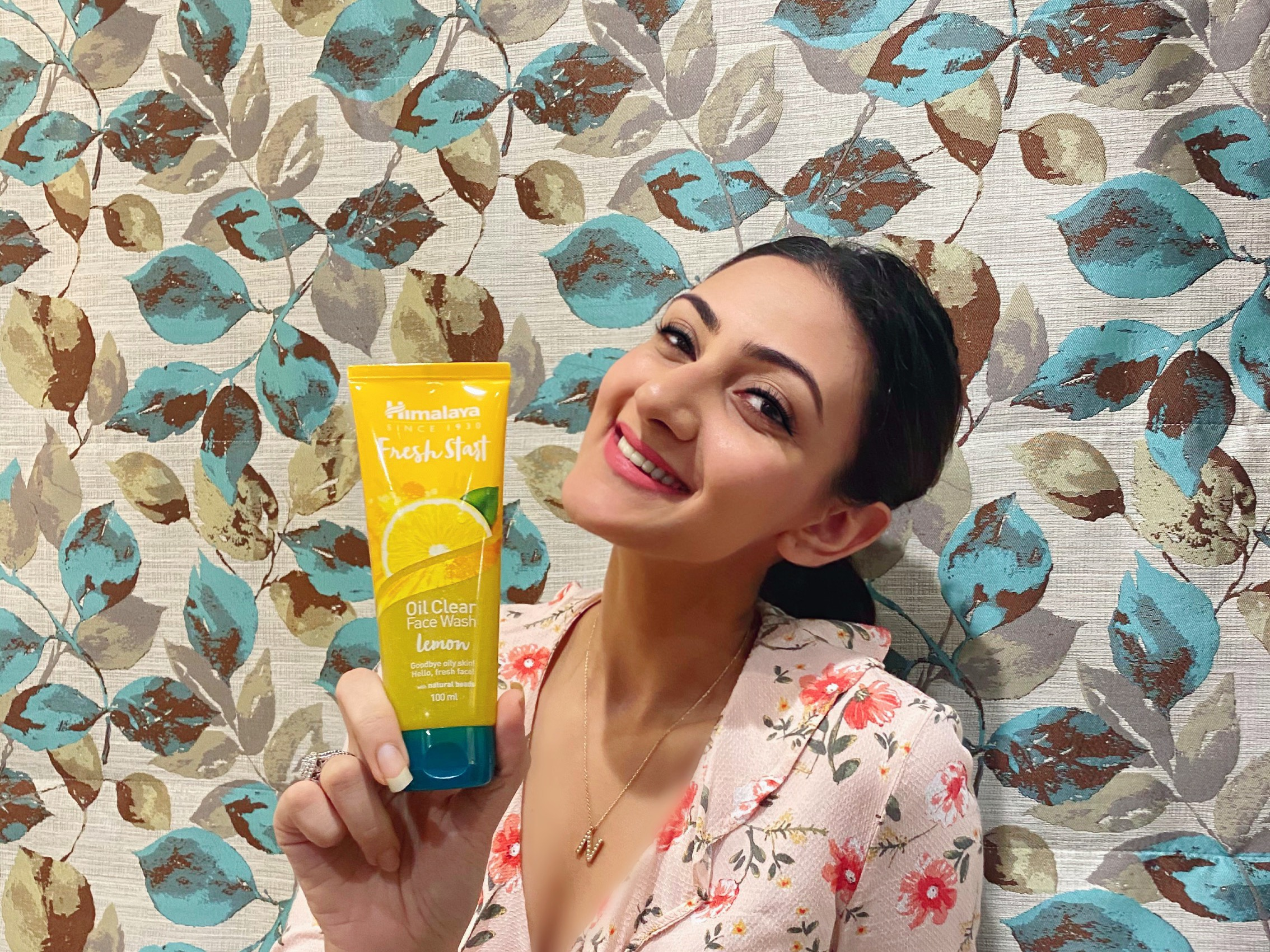 Himalaya Herbals Fresh Start Oil Clear Lemon Face Wash-Definitely recommend-By neelam99