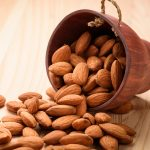Almond (Almond) Benefits and Side Effects in Hindi
