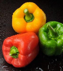 Capsicum (Bell Pepper) Benefits and Side Effects in Hindi