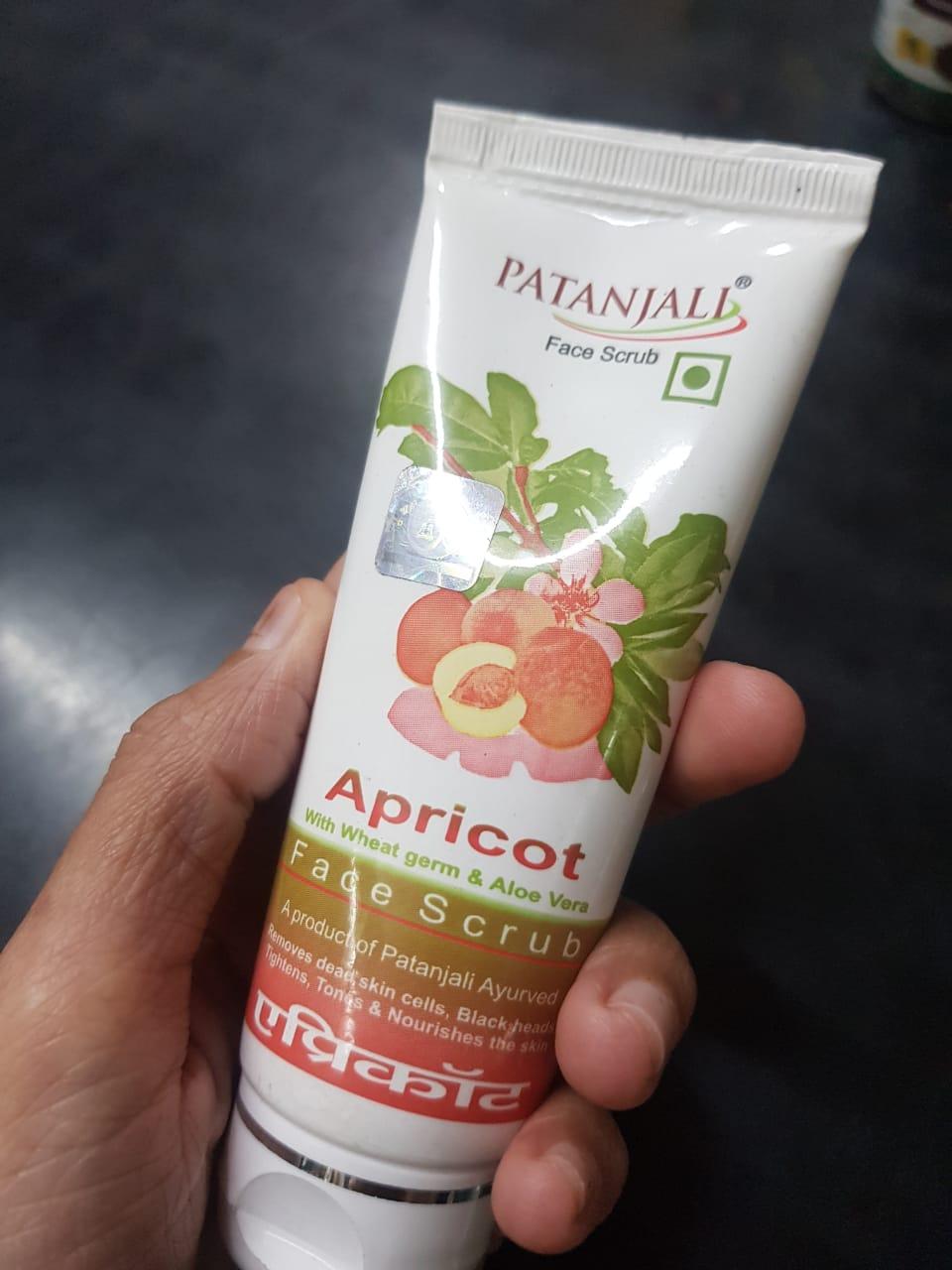 Patanjali Aloe vera Apricot Scrub -Removes dead skin-By poonam_kakkar